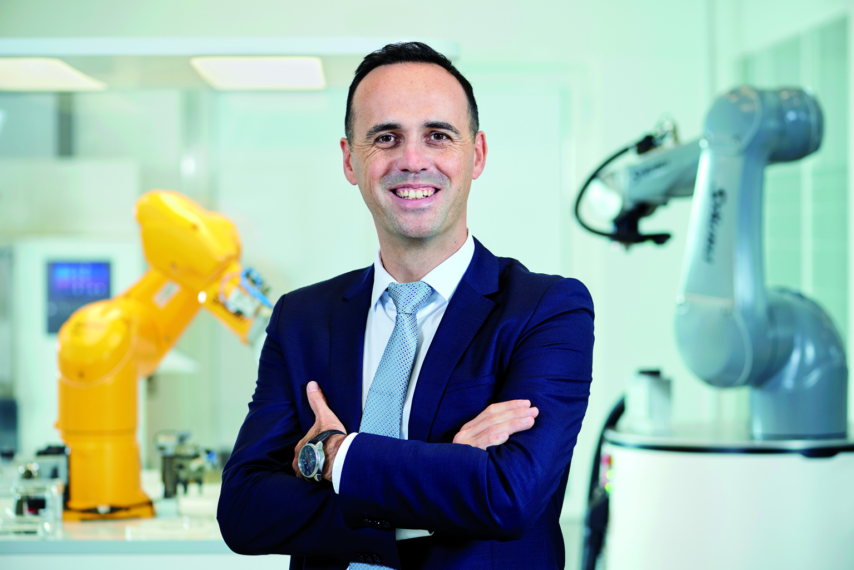 Christophe Coulongeat wird Leiter des Geschäftsbereichs Robotics